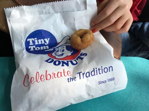 tiny tom donuts cne food toronto